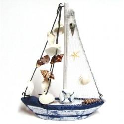Barco con conchitas
