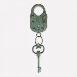 Candado con llave verde azufre
