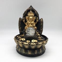 Fuente Ganesha gold con monedas