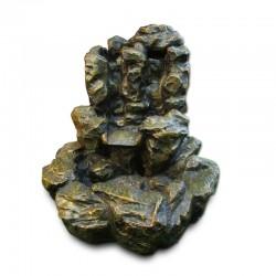 Fuente de roca en cascada
