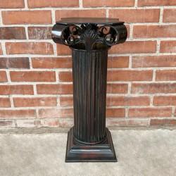 Pedestal estilo romano