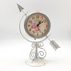Reloj metálico blanco diseño flecha